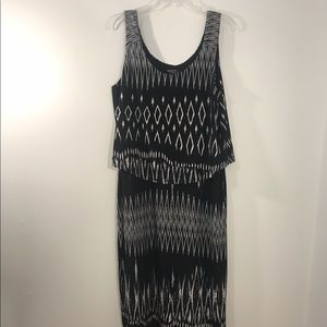 Signature By Robbie Bee Maxi dress Size Large